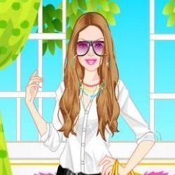 Um super joguinho online para você poder se divertir e escolher lindas roupas e acessórios para que a Barbie fique bem bonita para ir ao trabalho. São belas opções, faça combinações com as peças...