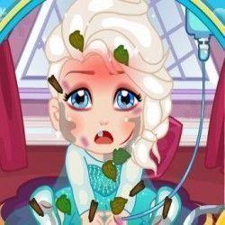 Você agora vai poder brincar de médica e cuidar da bebê Elsa que está muito doente nesse hospital. Faça o tratamento, dê medicações e coloque a pequena para receber soro e deixe ela bem e feliz....