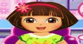 A nossa querida Dora vai precisar agora da sua ajuda para poder fazer uma gostosa sobremesa. Faça agora uma receita de sorvete de frutas vermelhas para você poder se divertir na culinária e deli...