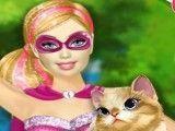 Gato salvo Super Barbie