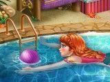 Anna Frozen na piscina