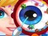 Médico dos olhos da menina