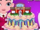 Elsa decorar bolo da escola