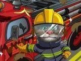 Limpeza do caminhão de bombeiro do Tom