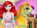 Princesa Ariel e pônei banho
