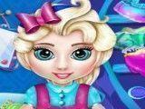 Elsa bebê limpar quarto