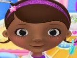 Doutora Brinquedos no cabeleireiro