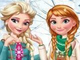 Anna e Elsa vestir roupas de natal