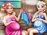 Barbie e Elsa grávidas na sauna