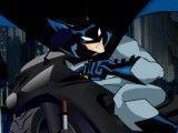 Batman dirigir moto