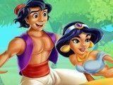 Beijos do casal Jasmine e Aladdin