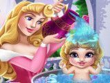 Bebê Aurora na banheira
