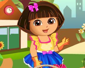 Colher flores com Dora