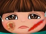 Dora rosto machucado