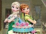 Bolo decorada da Elsa e Anna